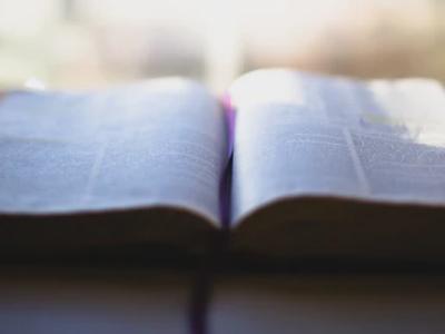 30 versículos de ânimo para vencer a desesperança