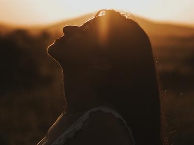 30 versículos de libertação para o fim da aflição